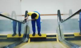 cleaning service - pembersihan excalator