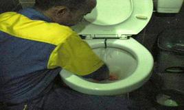 cleaning service - pembersihan toilet-2