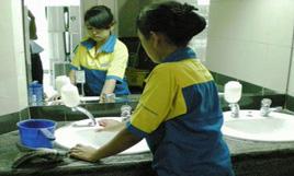 cleaning service - pembersihan toilet-3